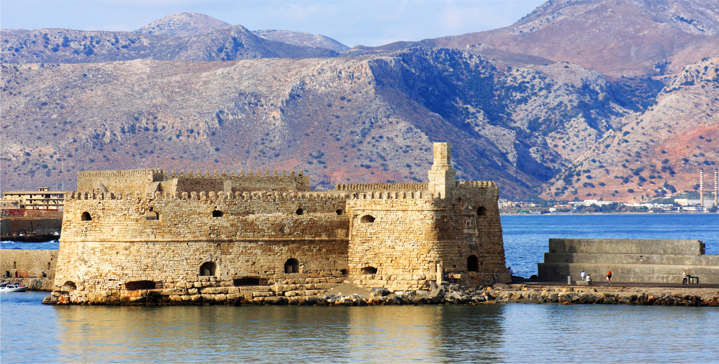 Special Packages in Piraeus-Heraklion route!